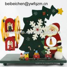 caixa de música de madeira da árvore de natal