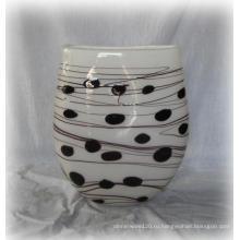 Пятнистая стеклянная ваза