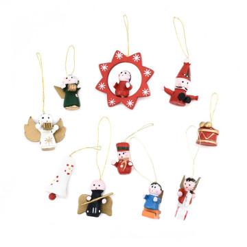 FQ marque en bois suspendus à la main ornement de Noël