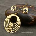 Banhado a ouro Multilayer Circle Necklace Earring Set Para Mulheres