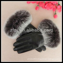 noble girls glove with fur lining