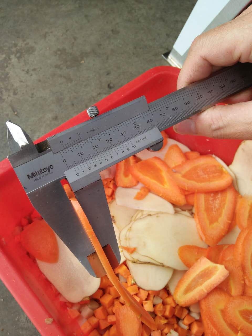 carrots sliced