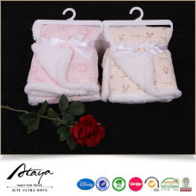 2018 newest handmade super soft fabric baby blanket with plastic hanger