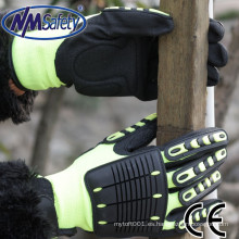 NMSAFETY anti impacto en la espalda y los dedos y la palma utilizan guantes de seguridad de nitrilo arenoso