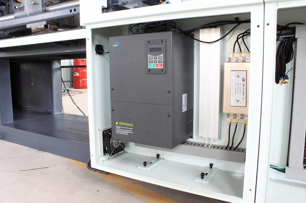 Plastic Injection Molding Machine Servo System