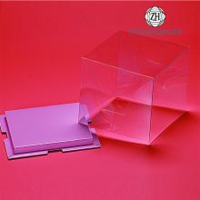 La boîte en plastique transparente d'emballage de gâteau adaptent