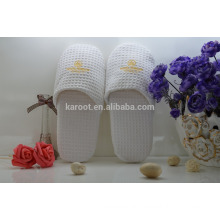 white cheap soft personalized waffle hotel slipper