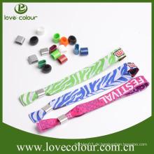 Guangzhou-Hersteller-kundenspezifische Gewebe-Armbänder / Gewebe-Festival-Armbänder mit kundenspezifischem Firmenzeichen