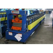 Machine de formage de rouleaux de tôle d'acier en couleur