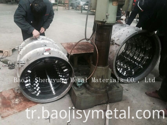 heating chamber in molybdenum for vacuum furnace