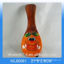 Cutely figurilla de manzana resto de cerámica de la cuchara para la decoración de la cocina