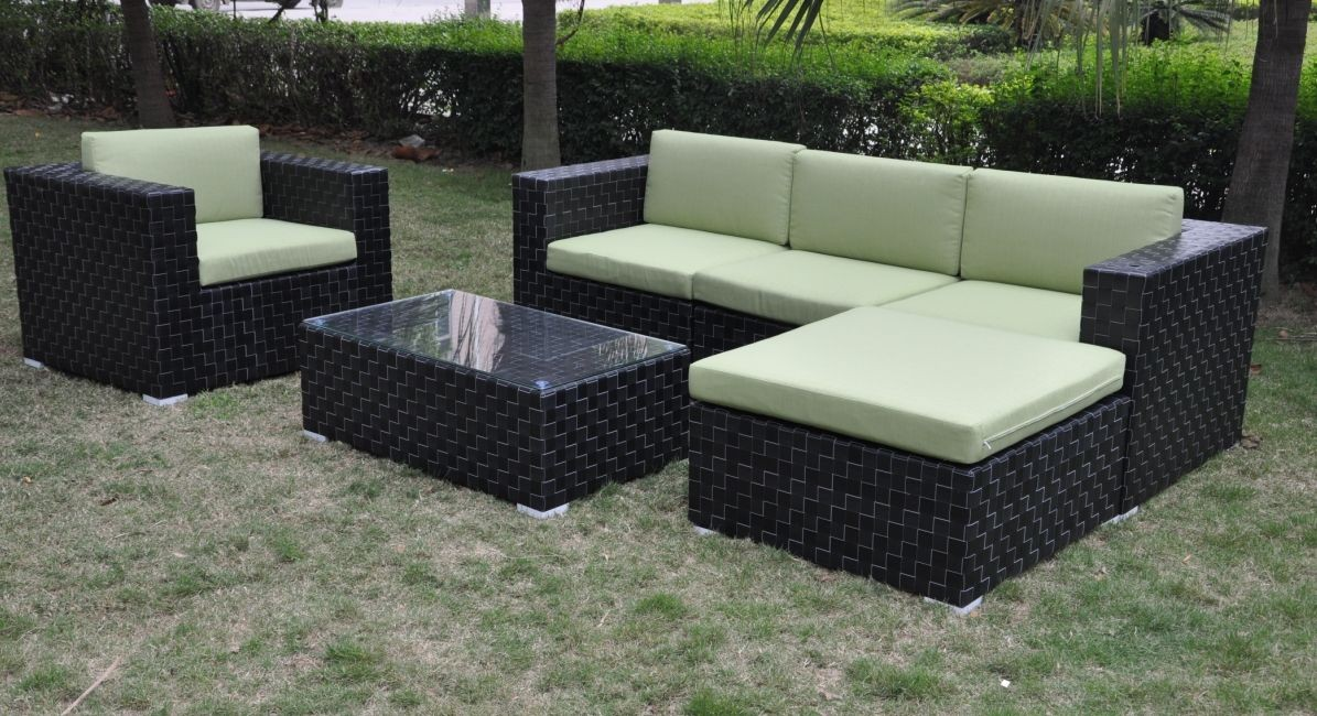 WICKER OUTDOOR FORNITURE