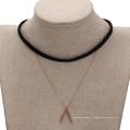 43613 Xuping bijoux de mode en or conception simple collier de couche de collier en cuivre et cuir