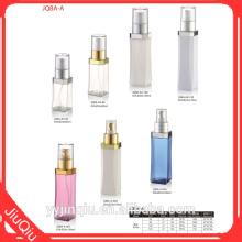 Plastic bottles for daily use chemicals spray bottles