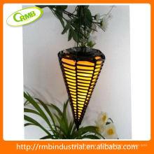 Solar-Laterne mit PVC-Rattan