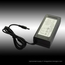 Commutation de CA à CC 12V 5A pour l'adaptateur de bande de LED