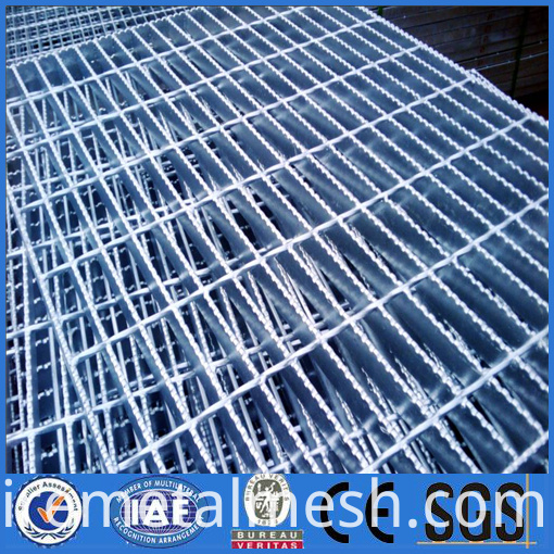 trench safety flat bar flooring