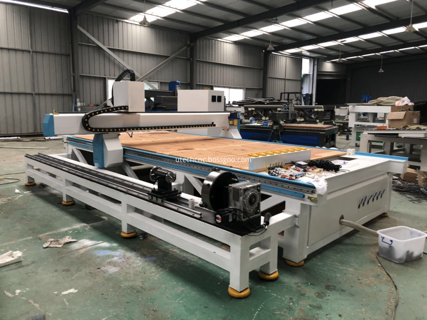 4th cnc router for round materials