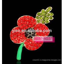 Красная хрустальная брошь из виноградной лозы