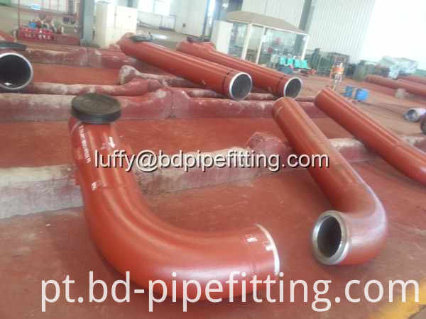 Alloy pipe fitting