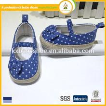 Comprar sapatos china adorável tecido de algodão sapatos de bebê barato sapatos de meninas elegantes