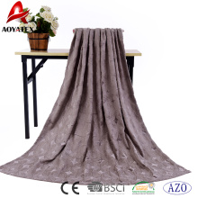 Buena venta personalizada en relieve súper suave manta de lana de franela