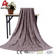 Boa venda personalizado em relevo super macio flanela cobertor de lã