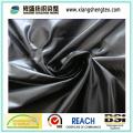 Tissu revêtu de pongee polyester résistant à l'eau avec motif gaufré