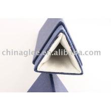 caja de cartón pluma del triángulo