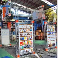 China cabines fornecedores estande design e construção curvo treliça de alumínio