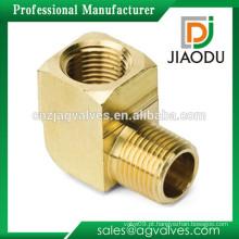 Taizhou fabricação de alta qualidade macho rosca macho forjado de latão 3 acessórios de tubos de cotovelo forma