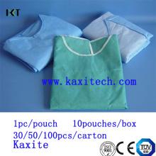 Vestido médico do vestido cirúrgico do isolamento do cirurgião para o hospital Kxt-Sg06