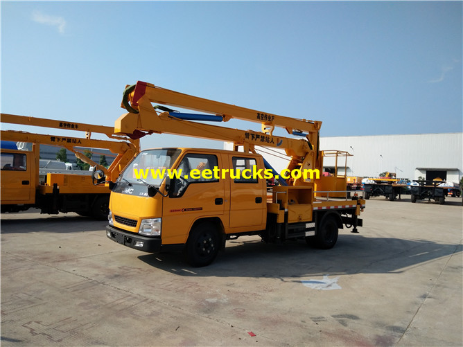 115hp Truck with Aerial Lift