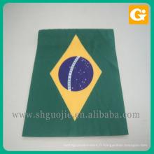 Nouveau produit polyester main drapeaux nationaux en stock