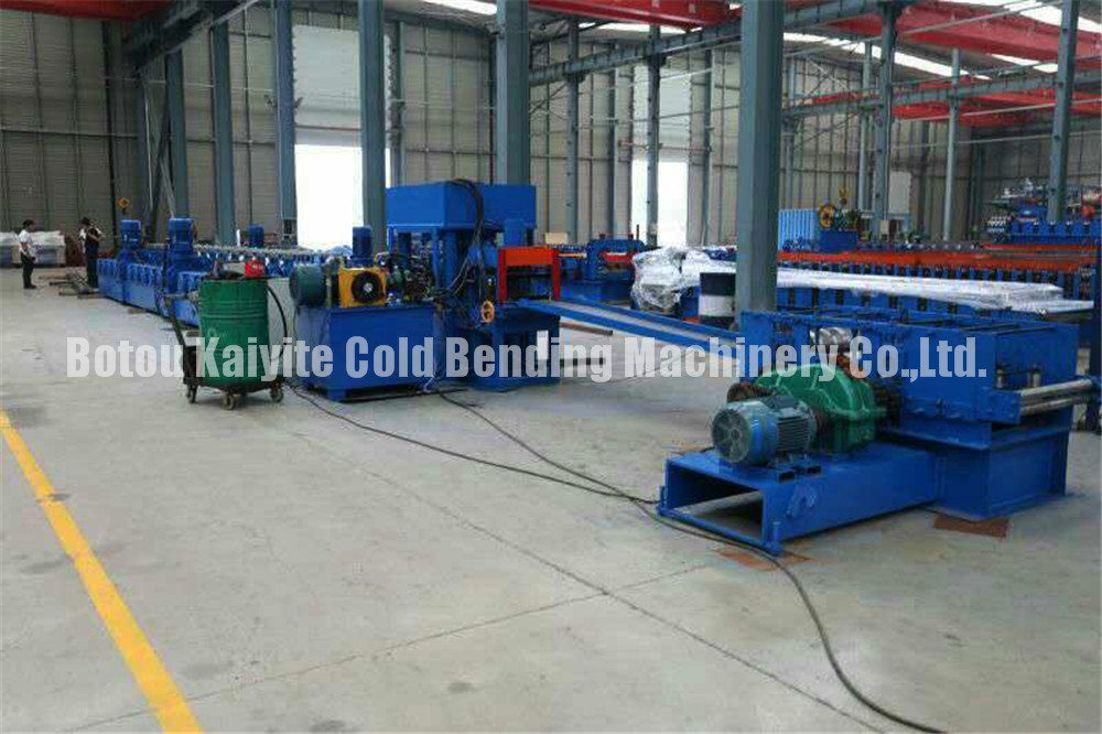 Highway Guardrail Fence Sheet Roll Forming Machine