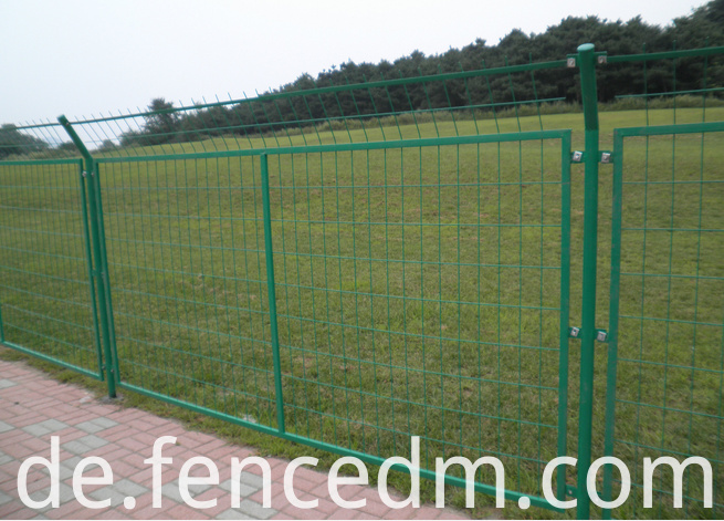 frame wire mesh fence
