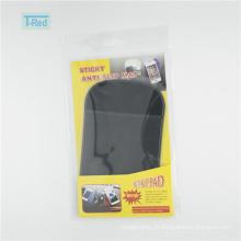 Nützliche Haftmatte für Handy als Autozubehör