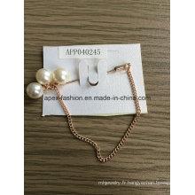 La mode élégante chaîne blanc perle broche en métal