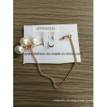 Moda elegante corrente branco pérola broche com Metal