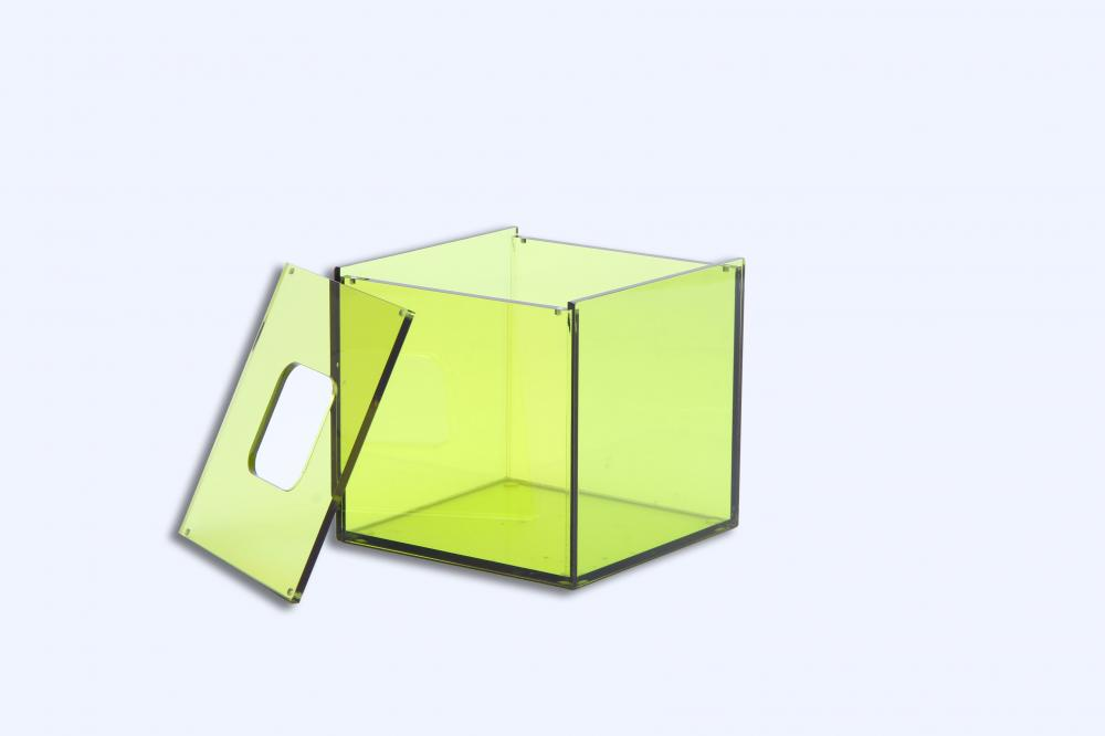 Custom Acrylic Tissue Holder