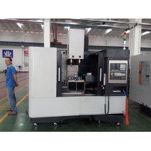 O centro do CNC do passatempo faz à máquina o centro fazendo à máquina horizontal do CNC Vmc800