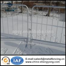 Panneaux de clôture en fer galvanisé en fer forgé Barricades de contrôle en foule fabriqués en Chine