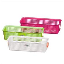 Qualificado personalizado cores quadrado plástico cesto com alça