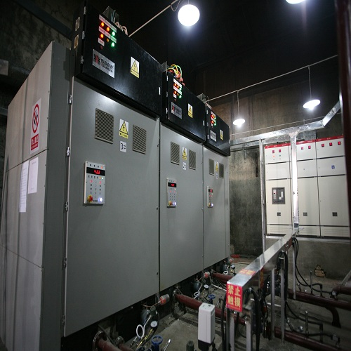 Industrial off-peak electric conductive oil boiler