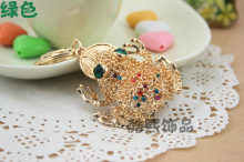 Creative wealth hoptoad crystal key chain men and women gifts 3D frog gold plated metal fashion keychain new hot selling