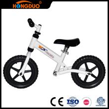 Les produits de qualité roulent sur un vélo bébé 2 mini sur micro mini
