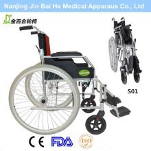 Foldable liga de alumínio ao ar livre Cadeira de rodas manual