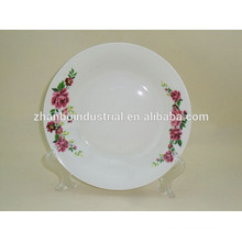 Porcelain plate for fruit and salad
