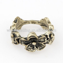 Latest product of china fashion flower new design ladies finger ring
