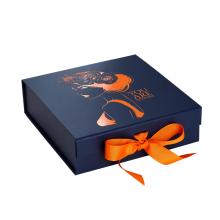 Magnetische Geschenkbox mit Heißfolienprägungslogo